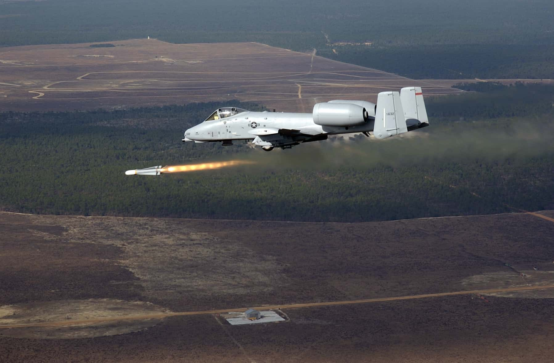An AGM-65 Maverick missile flies away from a US Air Force (USAF) A-10 Thunderbolt attack aircraft.  (Wikimedia)