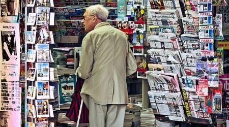 newsagent's_shop,_Paris_September_2011